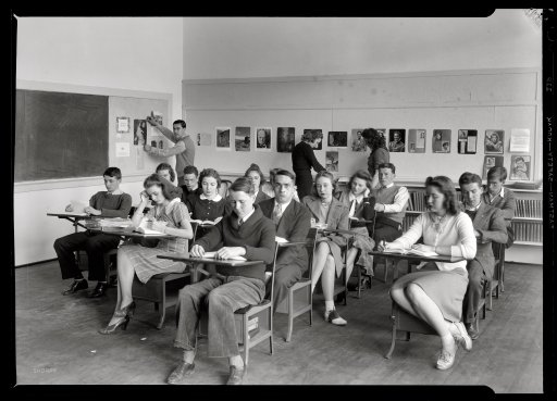Black and white picture of college classroom 1940s