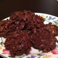 Dorm Room Recipes: No-bake chocolate crunch cookies